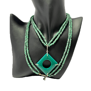 Green Agate with Jade Strings