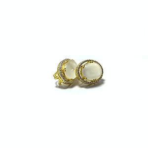 Moon stone tops with zirconia