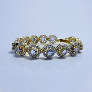 CLASSY ROUND CUT GREY SAPPHIRE BRACELET WITH ZIRCONIA, STERLING SILVER 925