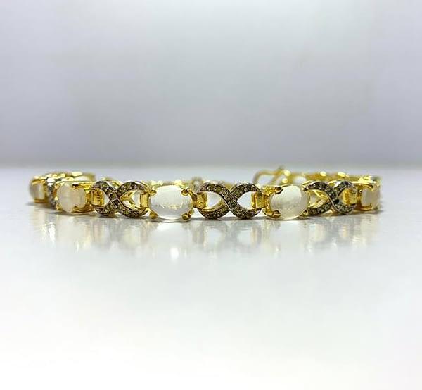 bracelets with peridot