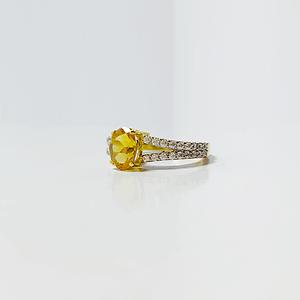 Yellow topaz with zirconia
