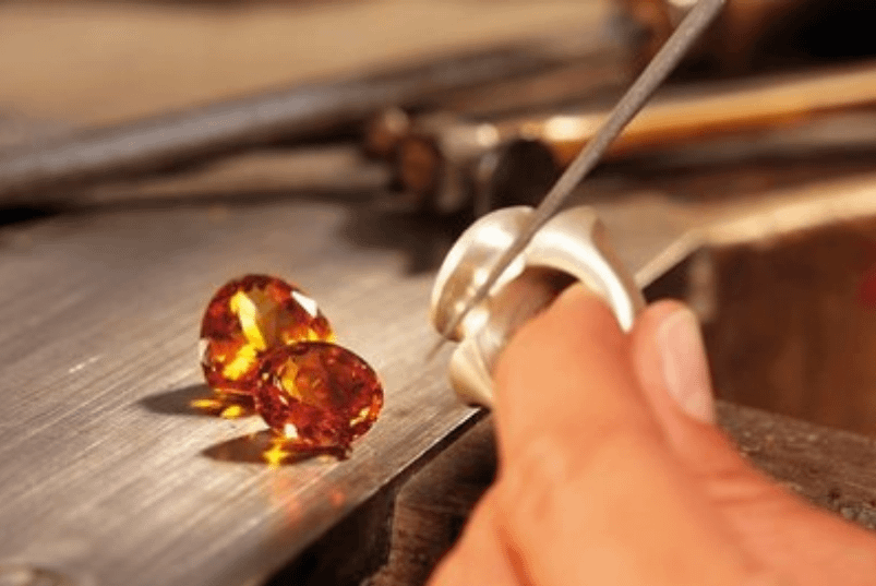 Know the difference between the types of matte, polished and diamond finish