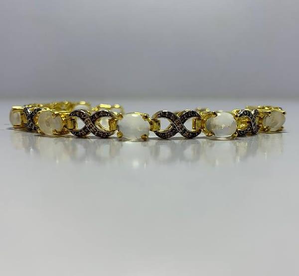 bracelet image 1
