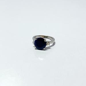 Blue sapphire with zirconia